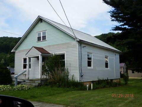 611 Walker St, Garrett, PA 15542