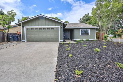 Photo of 9800 Winterwood Way, Sacramento, CA 95827