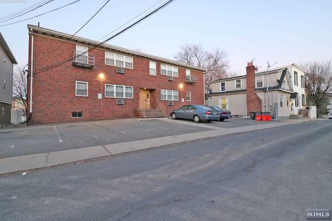 Photo Of 239 Crescent Ln Apt 1 Cliffside Park Nj 07010