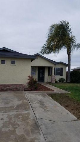 Photo of 706 E Lipscomb Ave, Tipton, CA 93272