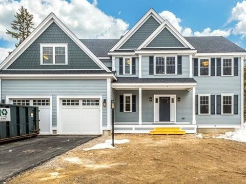 Photo of 4 Town Way, Winchester, MA 01890