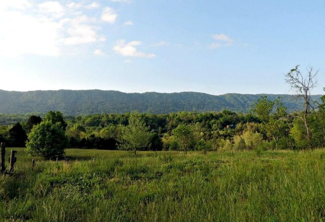 2575 Rackum Rd Thorn Hill Tn 37881 Home For Sale And