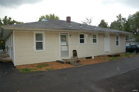 Photo of 117 Western Ave, Pacific, MO 63069