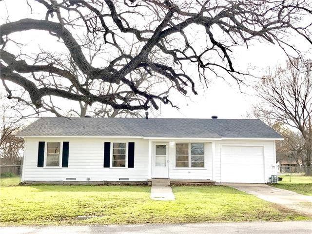 229 N Ash St, Springtown, TX 76082