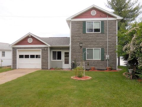 5682 Cutler Rd, Lakeview, MI 48850