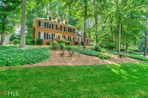 Photo of 230 Clipper Bay Dr, Alpharetta, GA 30005