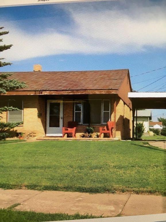 2104 Pine St Hays, KS 67601