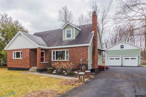 134 Mc Lean St, Ballston Spa, NY 12020