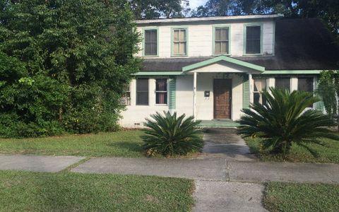 422 Houston Ave, Live Oak, FL 32064