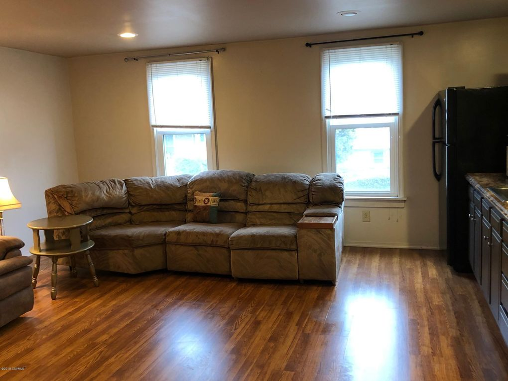 383 1 2 Queen St Northumberland Pa 17857 Home For Rent Realtor Com