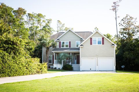 Astonishing Waterfront Homes For Sale In Cedar Point Nc Realtor Com Download Free Architecture Designs Scobabritishbridgeorg