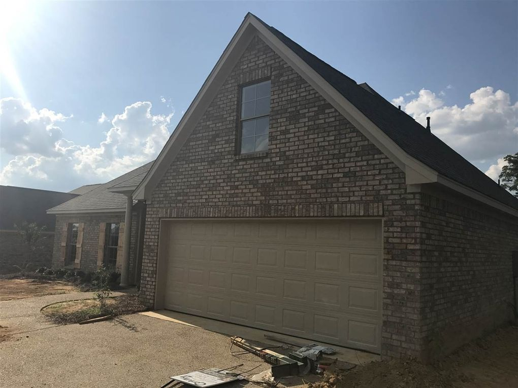 110 Countrywood Pl, Pearl, MS 39208