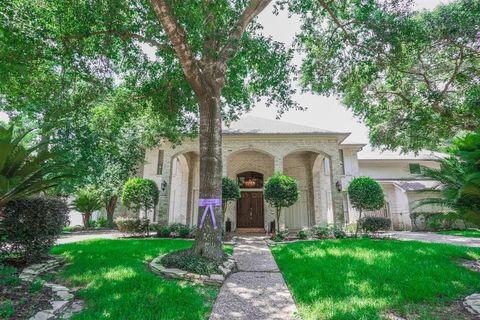 Photo of 5610 Havenwoods Dr, Houston, TX 77066