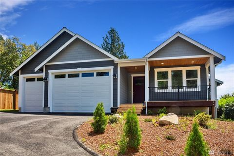 Photo of 389 Nw Dyes View Ct, Bremerton, WA 98311