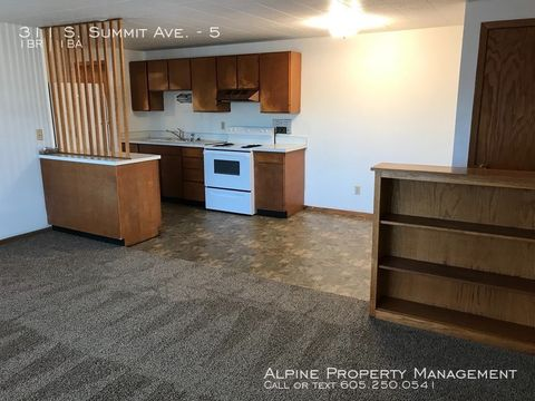 Photo of 311 S Summit Ave Apt 5, Sioux Falls, SD 57104