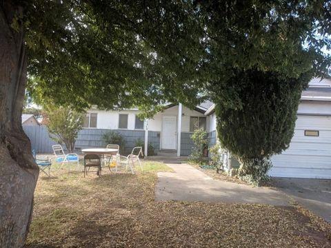 7464 Stella Way, Sacramento, CA 95822