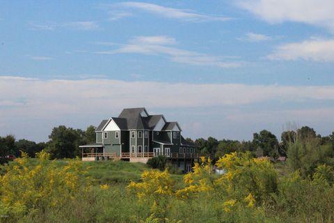 Photo of 6156 Chautauqua Rd, Murphysboro, IL 62966