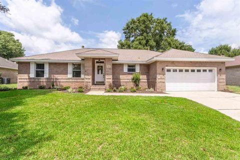 5081 Pine Hollow Dr, Pensacola, FL 32505