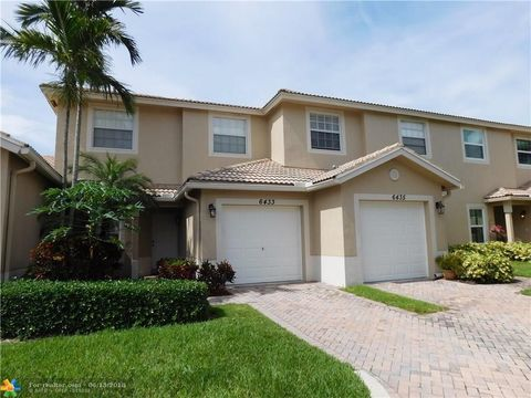 6433 Park Lake Cir, Boynton Beach, FL 33437