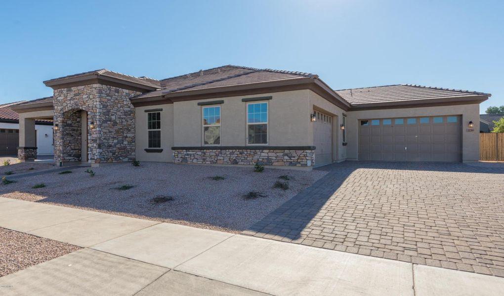 22361 E Sentiero Dr, Queen Creek, AZ 85142