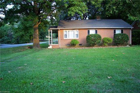 301 S Lindell Rd, Greensboro, NC 27403