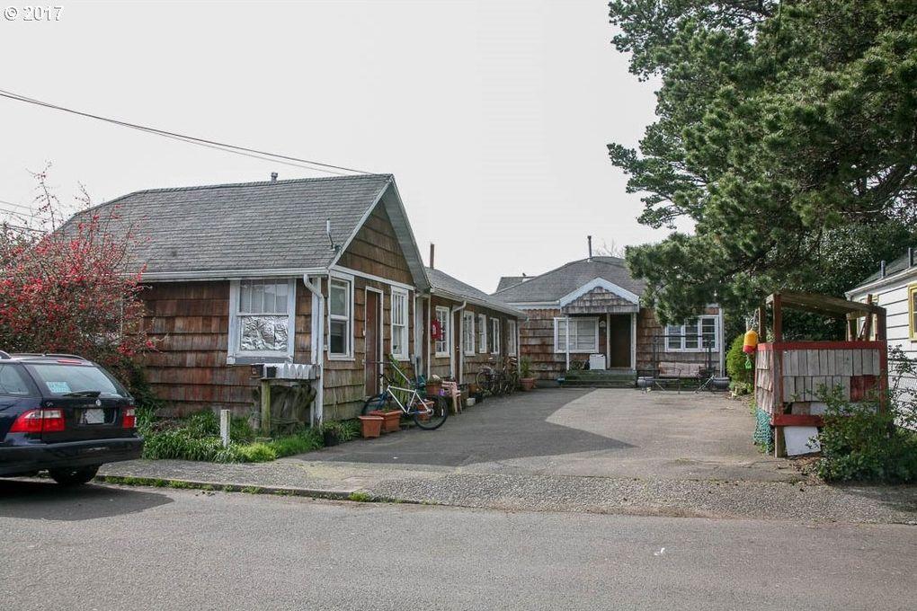 560 S Edgewood St, Seaside, OR 97138