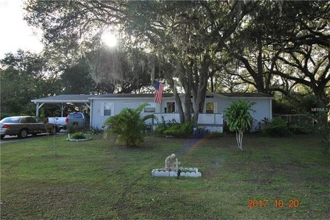 9117 Wood Terrace Dr Tampa FL 33637
