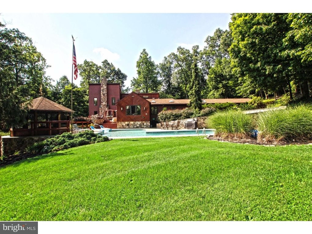 Homes For Sale In Center Valley Pa