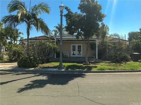 800 W Royal Way, Anaheim, CA 92805