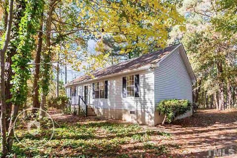 Photo of 117 Eason Ct, Youngsville, NC 27596