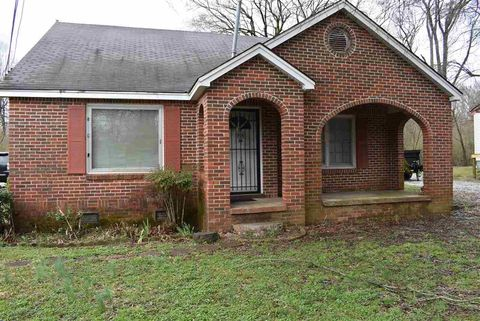 Photo of 565 Chester Levee Rd, Jackson, TN 38301