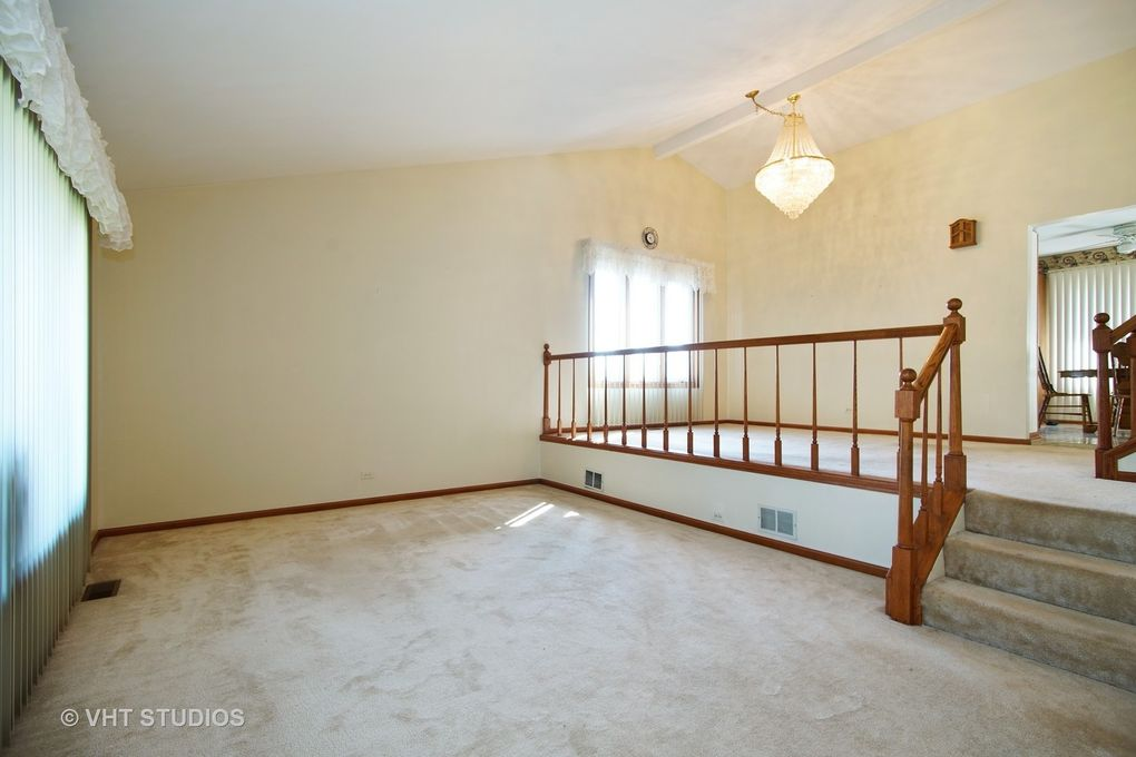 17 W023 Bryn Mawr Ave, Bensenville, IL 60106 - Home for Rent ...