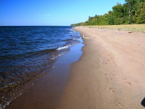 On Lakeshore Dr, Ontonagon, MI 49953