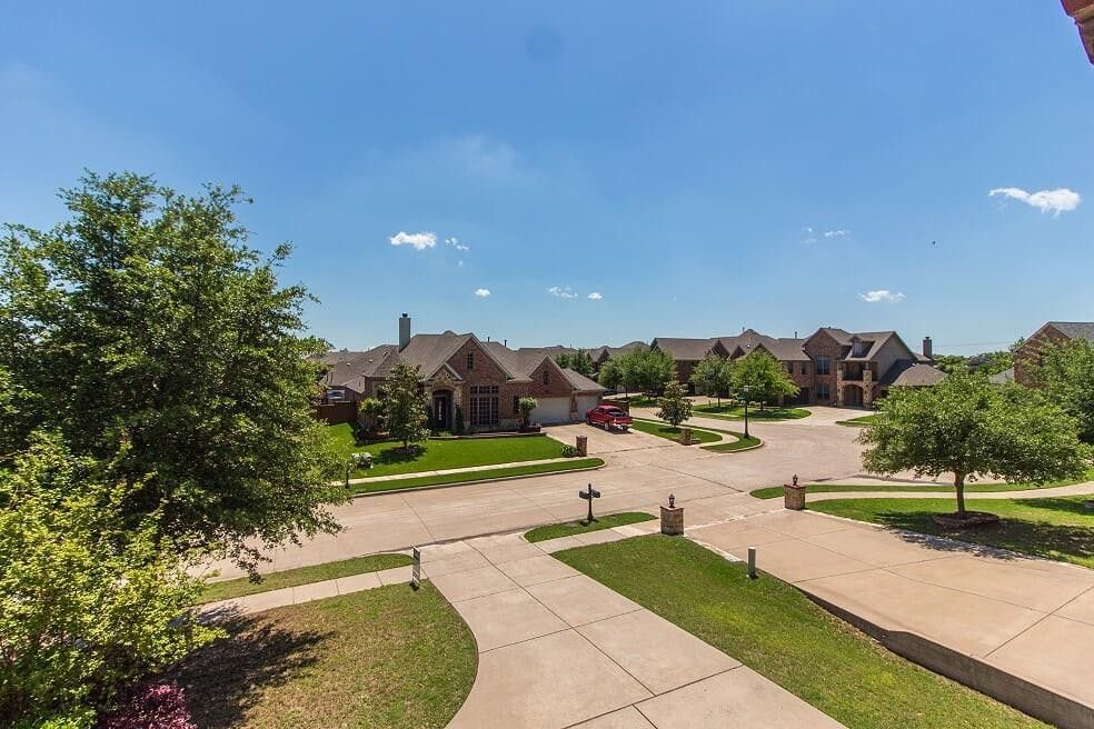 3240 Pamplona, Grand Prairie, TX 75054