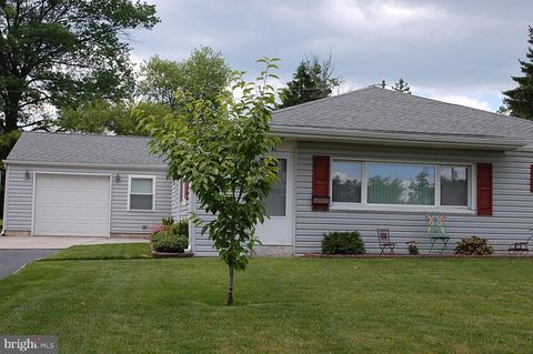 Amazing Plymouth Meeting Pa Single Story Homes For Sale Realtor Com Beutiful Home Inspiration Ommitmahrainfo