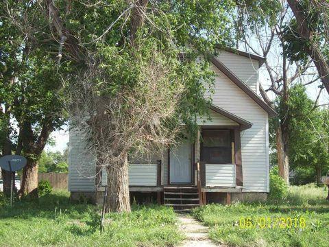 Photo of 512 W 12th St, Goodland, KS 67735