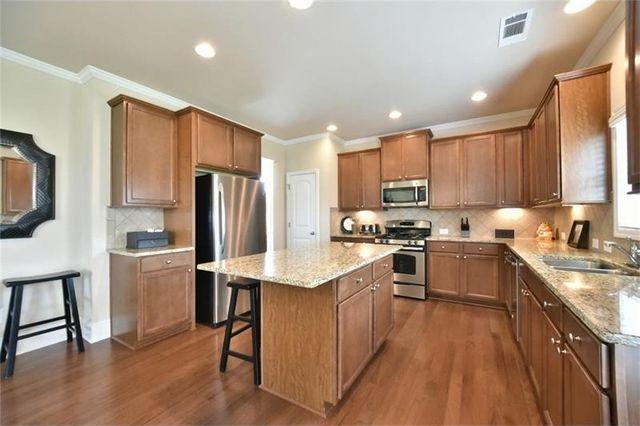 405 Eldridge Dr, Suwanee, GA 30024 - Kitchen