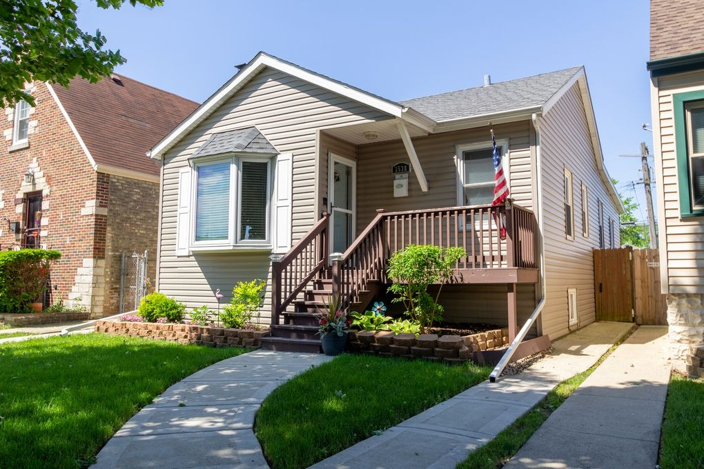 3538 N Oriole Ave Chicago, IL 60634