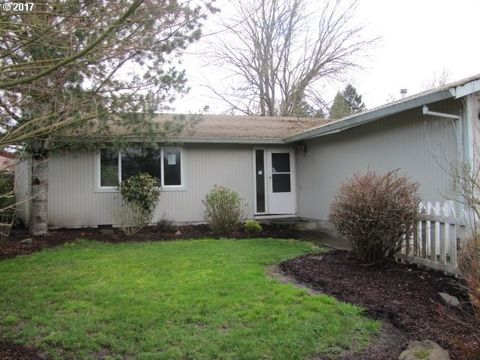 13160 Lakewood Dr Ne, Aurora, OR 97002
