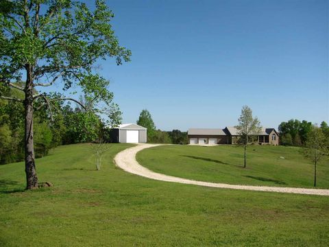 Photo of 760 Cabo Rd, Enville, TN 38332
