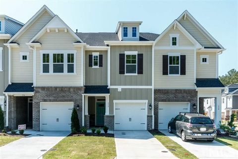 Photo of 172 Manordale Dr, Chapel Hill, NC 27517