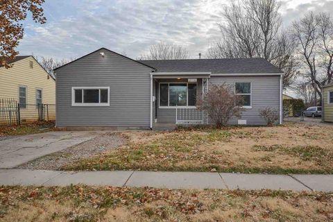 2118 S Vine St, Wichita, KS 67213