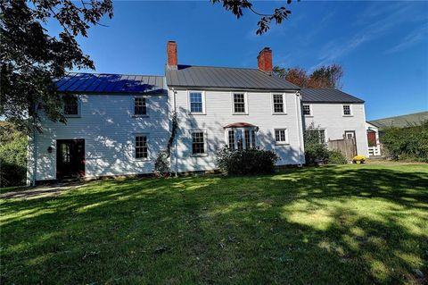 North kingstown ri 5 bedroom homes for sale realtor 2595 tower hill rd north kingstown ri 02874 sciox Image collections