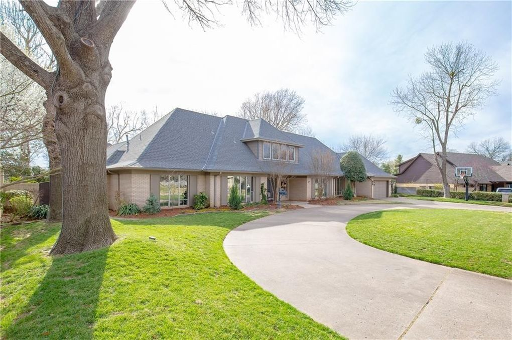 2618 Smoking Oak Rd, Norman, OK 73072