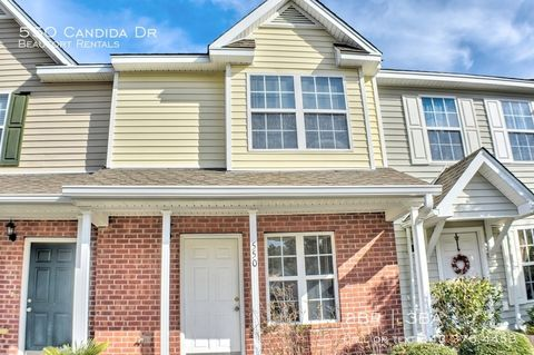 Photo of 550 Candida Dr, Beaufort, SC 29906