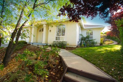 Photo of 3437 Chasen Dr, Cameron Park, CA 95682