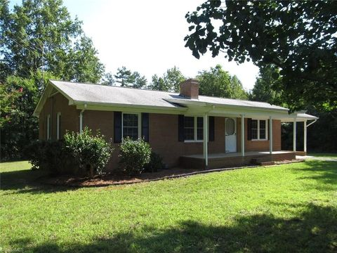 Photo of 4162 John Oakley Rd, Prospect Hill, NC 27314