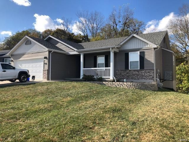 115 Rivers Edge Dr Moscow Mills, MO 63362