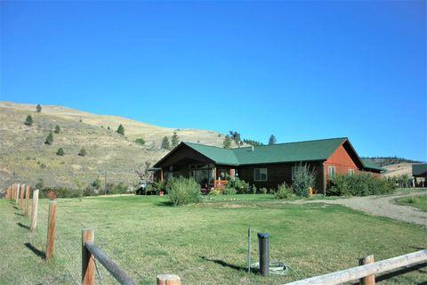 Photo of 19 Boehler Ranch Dr, Plains, MT 59859