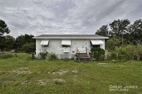 Photo of 23210 Avenue B, Alva, FL 33920